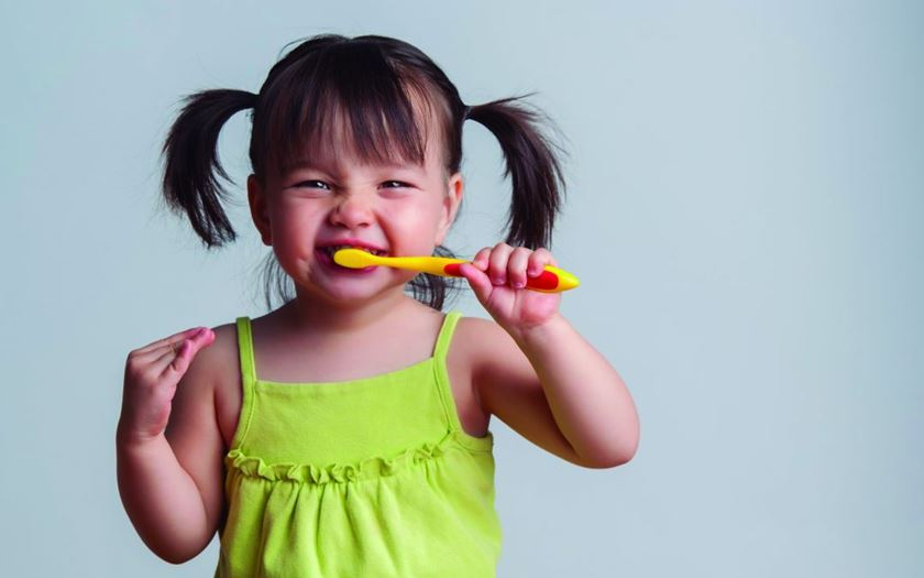 10 consejos para una correcta higiene dental infantil