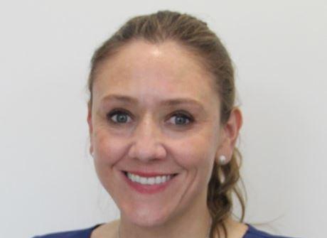 Dra. Ana Fonseca | Especialista en Prostodoncia y Estética dental
