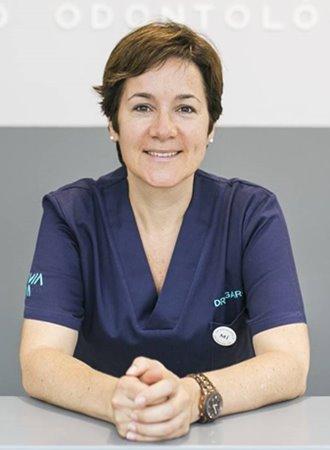 Dra. Sandra Garcés | Odontóloga especialista en cirugía oral