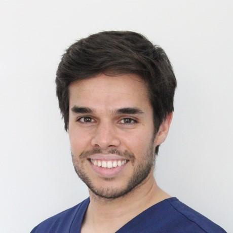 Conoce al Dr. Gonzalo Guillén