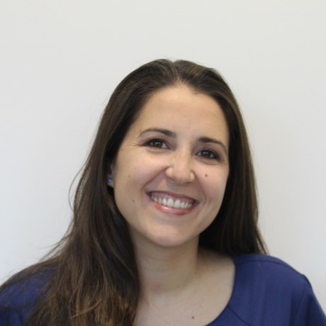 Conoce a la Dra. Laura Gómez